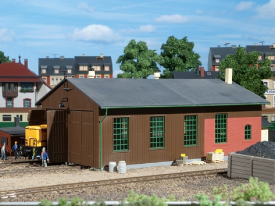Locomotive shed double track